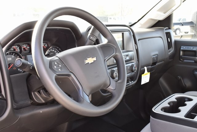 2018 Silverado 3500 Regular Cab DRW 4x2,  Royal Utility #M181761 - photo 21