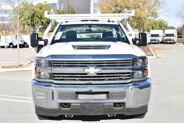 2018 Silverado 3500 Regular Cab DRW 4x2,  Royal Utility #M181761 - photo 5