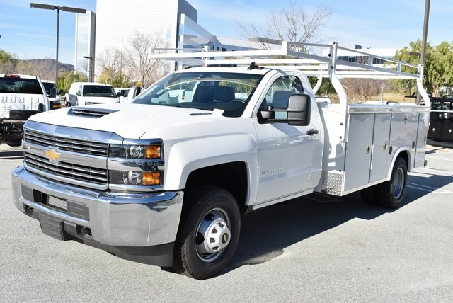 2018 Silverado 3500 Regular Cab DRW 4x2,  Royal Utility #M181761 - photo 6