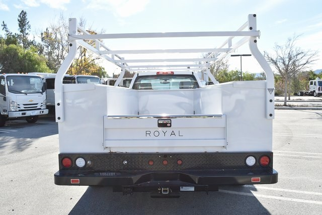 2018 Silverado 3500 Regular Cab DRW 4x2,  Royal Utility #M181761 - photo 9