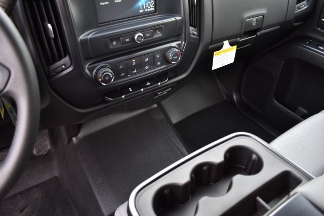 2018 Silverado 1500 Crew Cab 4x2,  Pickup #M181841 - photo 22