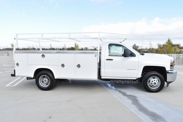 2018 Silverado 3500 Regular Cab DRW 4x2,  Royal Utility #M181864 - photo 10