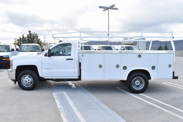 2018 Silverado 3500 Regular Cab DRW 4x2,  Royal Utility #M181864 - photo 7