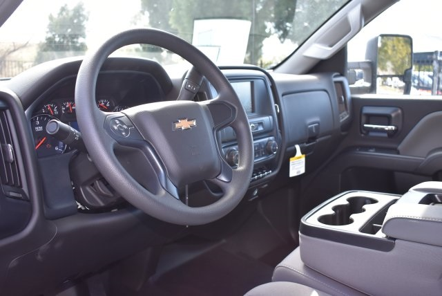 2018 Silverado 2500 Double Cab, Harbor Utility #M18296 - photo 20