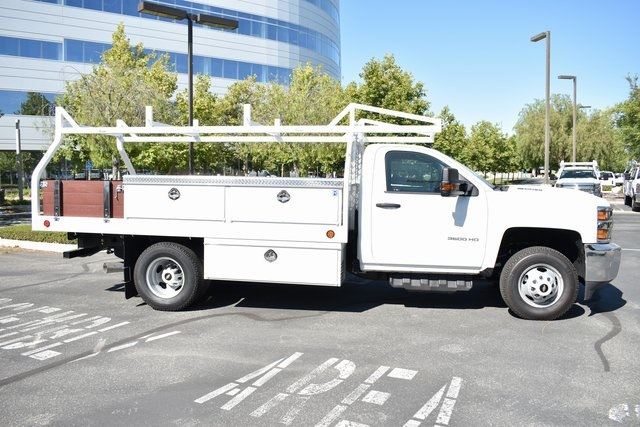 2018 Silverado 3500 Regular Cab DRW 4x2,  Knapheide Contractor Body #M18330 - photo 8