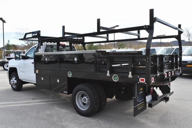 2018 Silverado 3500 Regular Cab DRW 4x2,  Knapheide Contractor Body #M18382 - photo 2