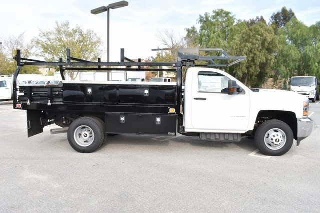 2018 Silverado 3500 Regular Cab DRW 4x2,  Knapheide Contractor Body #M18382 - photo 7