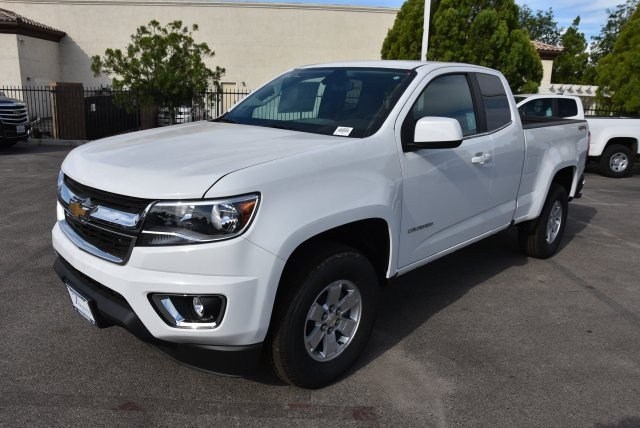 2018 Colorado Extended Cab 4x4,  Pickup #M18492 - photo 5