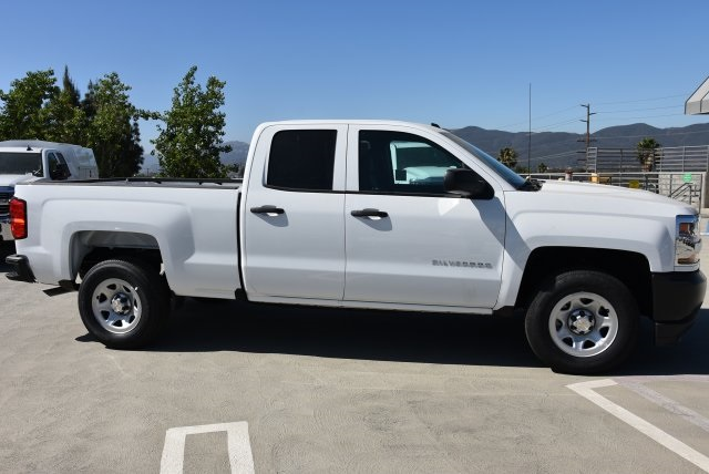 2018 Silverado 1500 Double Cab 4x2,  Pickup #M18518 - photo 9