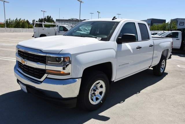 2018 Silverado 1500 Double Cab 4x2,  Pickup #M18620 - photo 5