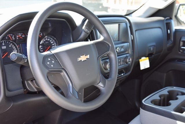 2018 Silverado 1500 Crew Cab 4x2,  Pickup #M18792 - photo 15
