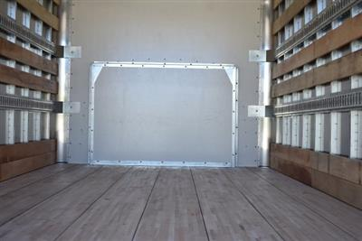 2018 Express 4500 4x2,  Morgan Parcel Aluminum Straight Box #M18865 - photo 10