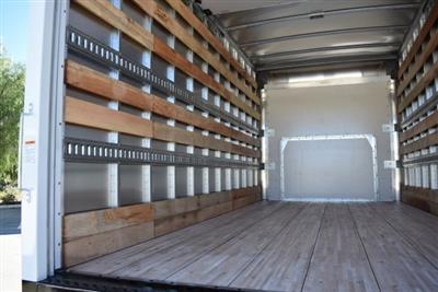 2018 Express 4500 4x2,  Morgan Parcel Aluminum Straight Box #M18865 - photo 8