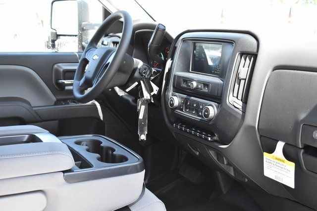 2019 Silverado 2500 Double Cab 4x2, Pickup #M191020 - photo 10