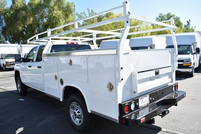 2019 Silverado 2500 Double Cab 4x2, Royal Service Body Utility #M191043 - photo 4