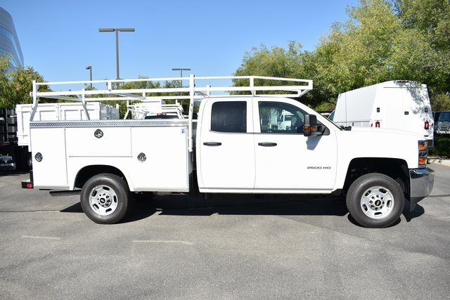 2019 Silverado 2500 Double Cab 4x2, Royal Service Body Utility #M191049 - photo 2