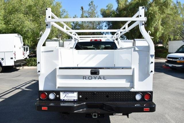 2019 Silverado 2500 Double Cab 4x2, Royal Service Body Utility #M191060 - photo 6