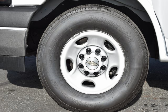 2019 Chevrolet Express 3500 4x2, Supreme Spartan Service Utility Van Plumber #M191119 - photo 17