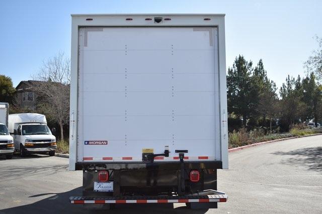2019 Express 4500 4x2, Morgan Parcel Aluminum Straight Box #M191123 - photo 4