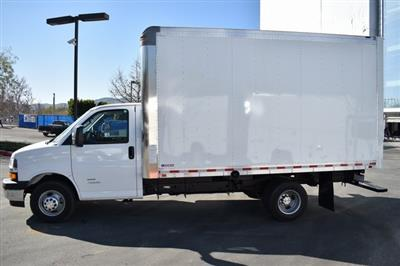2019 Chevrolet Express 4500 4x2, Morgan Parcel Aluminum Straight Box #M191125 - photo 3