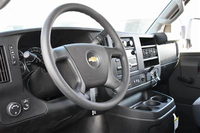 2019 Chevrolet Express 4500 4x2, Morgan Parcel Aluminum Straight Box #M191126 - photo 11