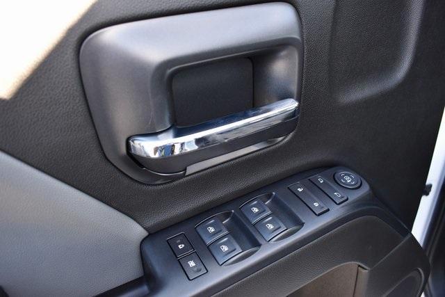 2019 Silverado 2500 Double Cab 4x2, Royal Service Body Utility #M191143 - photo 22