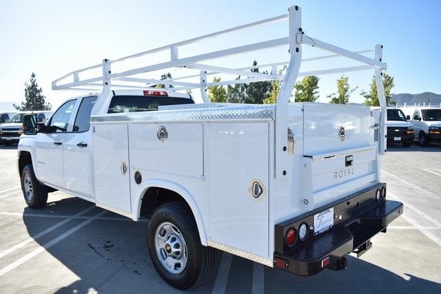 2019 Silverado 2500 Double Cab 4x2, Royal Service Body Utility #M191143 - photo 7
