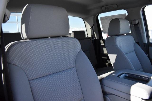 2019 Chevrolet Silverado 2500 Double Cab 4x2, Royal Service Body Utility #M191144 - photo 17