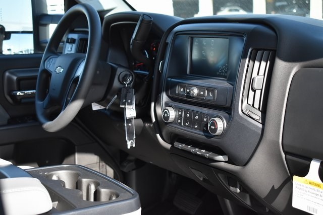 2019 Silverado 2500 Double Cab 4x2, Royal Service Body Utility #M191152 - photo 14