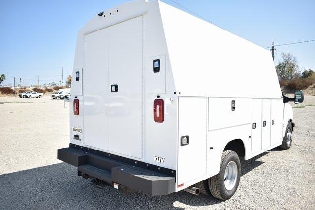 2019 Chevrolet Express 4500 4x2, Knapheide KUV Plumber #M191159 - photo 2