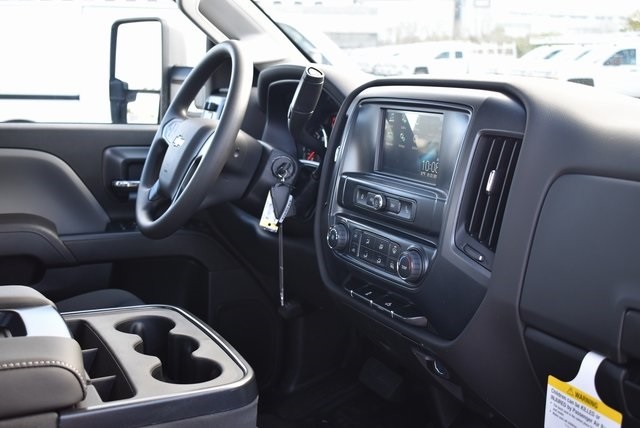 2019 Silverado 3500 Crew Cab DRW 4x2,  Royal Utility #M19117 - photo 16