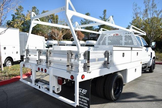 2019 Silverado 5500 Crew Cab DRW 4x2, Scelzi Contractor Body #M191173 - photo 1