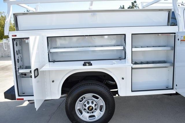 2019 Silverado 2500 Double Cab 4x2, Knapheide Steel Service Body Utility #M191217 - photo 9