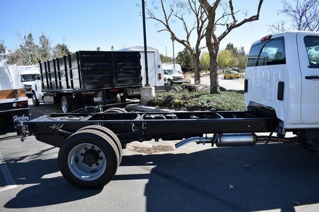2019 Silverado 5500 Regular Cab DRW 4x2, Cab Chassis #M191235 - photo 5