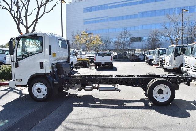 2019 LCF 4500 Regular Cab 4x2, Cab Chassis #M191261 - photo 4
