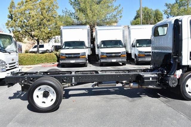 2019 LCF 4500 Regular Cab 4x2, Cab Chassis #M191261 - photo 5