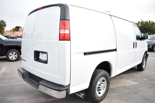 2019 Express 2500 4x2,  Empty Cargo Van #M19137 - photo 9