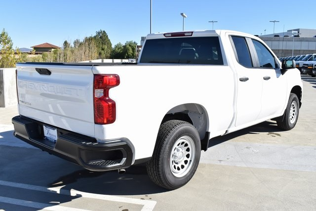 2019 Silverado 1500 Double Cab 4x2,  Pickup #M19178 - photo 2