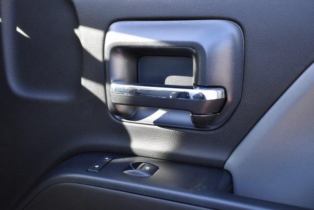 2019 Chevrolet Silverado 5500 Regular Cab DRW 4x2, Cab Chassis #M191974 - photo 7