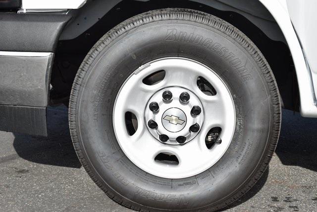 2019 Chevrolet Express 3500 4x2, Supreme Spartan Service Utility Van Plumber #M191989 - photo 17