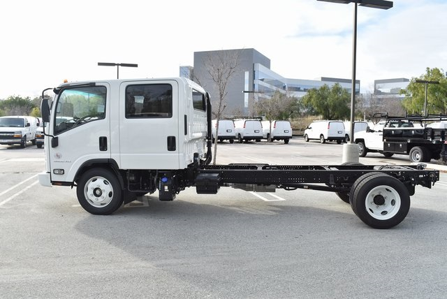 2019 LCF 5500XD Crew Cab 4x2,  Cab Chassis #M19260 - photo 7