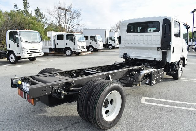 2019 LCF 5500XD Crew Cab 4x2,  Cab Chassis #M19260 - photo 1