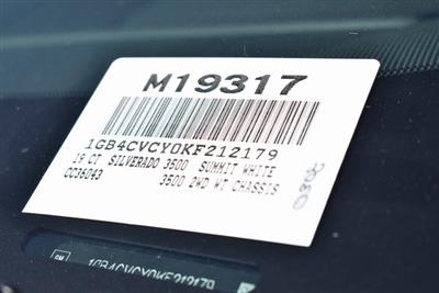 2019 Silverado 3500 Crew Cab DRW 4x2,  Royal Contractor Body #M19317 - photo 4