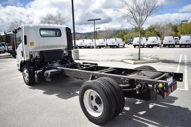 2019 LCF 5500XD Regular Cab 4x2,  Cab Chassis #M19327 - photo 8