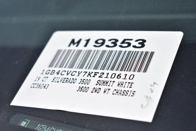 2019 Silverado 3500 Crew Cab DRW 4x2,  Royal Contractor Body #M19353 - photo 4