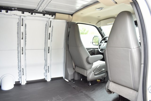 2019 Express 3500 4x2,  Empty Cargo Van #M19375 - photo 14