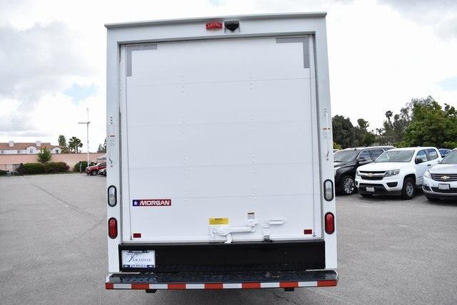 2019 Express 3500 4x2,  Morgan Mini-Mover Straight Box #M19473 - photo 9