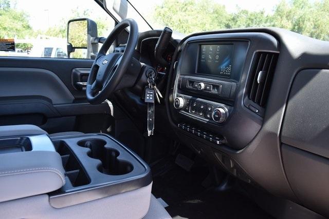 2019 Silverado Medium Duty Regular Cab DRW 4x4,  Knapheide Standard Service Body Utility #M19493 - photo 17