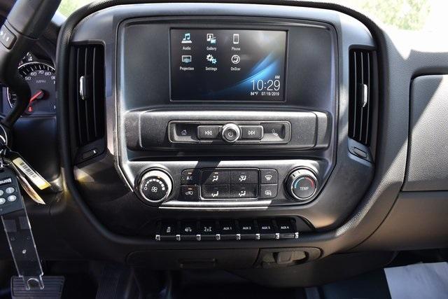 2019 Silverado Medium Duty Regular Cab DRW 4x4,  Knapheide Standard Service Body Utility #M19493 - photo 22
