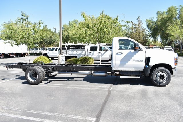 2019 Silverado Medium Duty Regular Cab DRW 4x2,  Cab Chassis #M19563 - photo 10